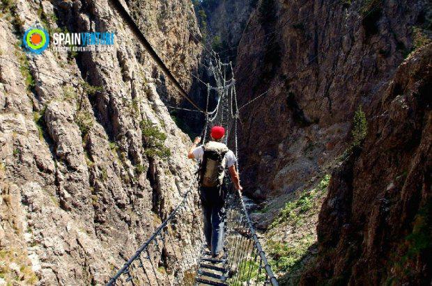 Spainventure Via Ferrata en Ronda Puente Tibetano